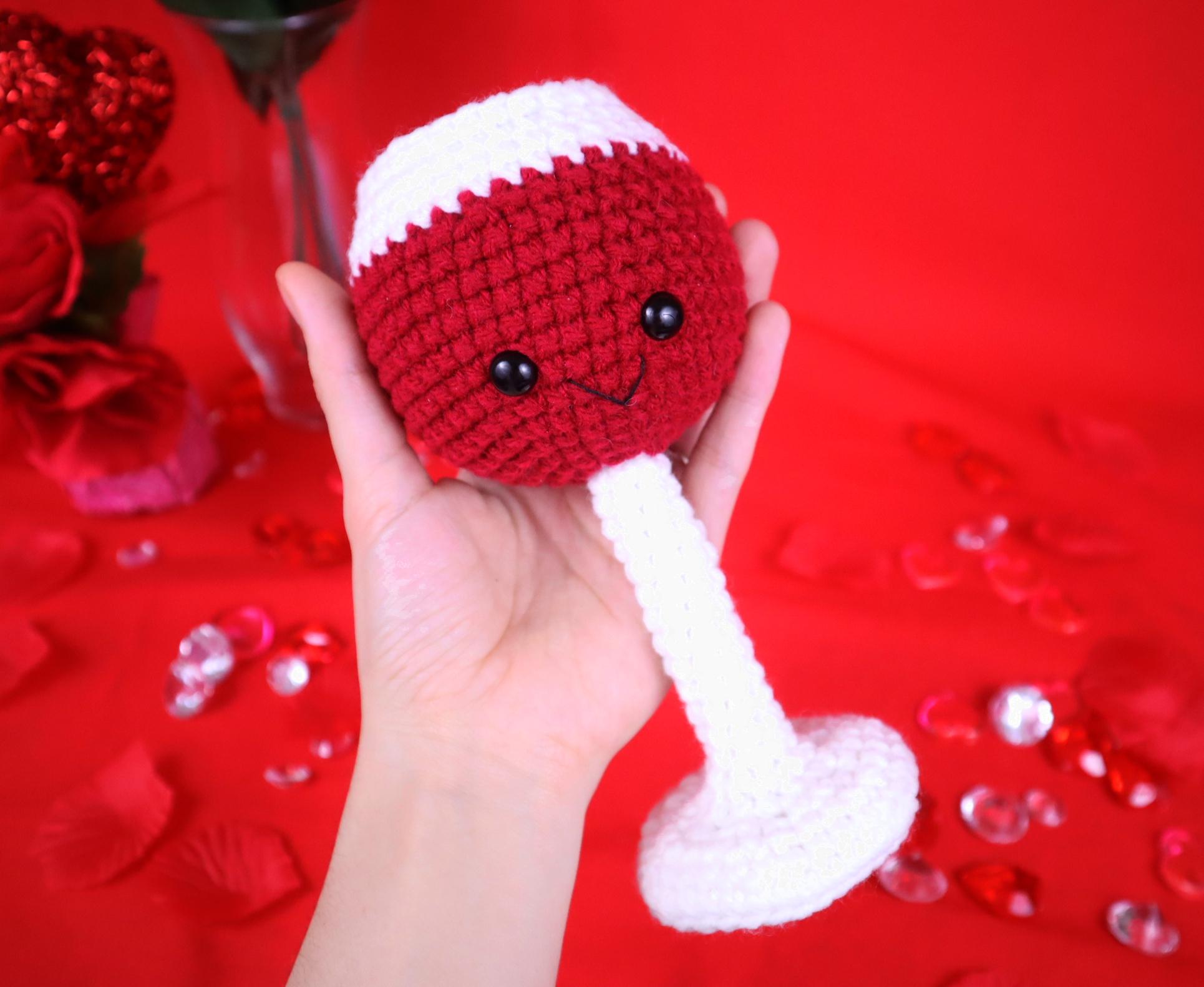 Wine amigurumi crochet pattern
